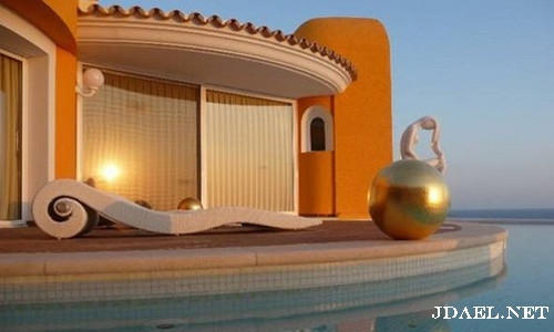 تصميم مذهل لقصر في أسبانيا. تقدر قيمته حالياً بـ مليون دولار