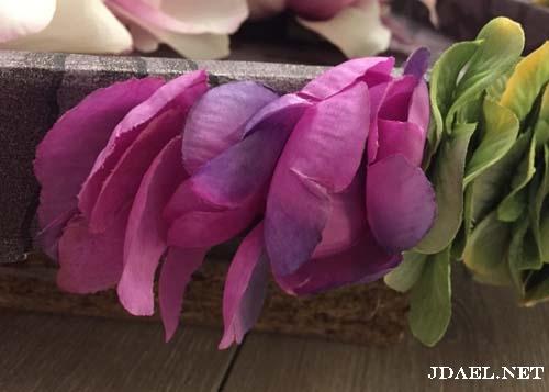 تزيين اطراف صواني الخشب بالورد بالصور
